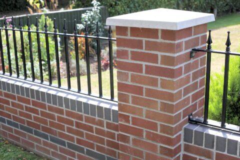 Walls & Brickwork in Berkshire