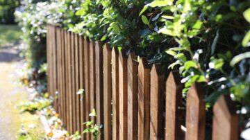 Wooden Fencing Companies Berkshire